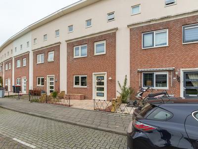 Erasmuslaan 30 in Ridderkerk 2984 XH