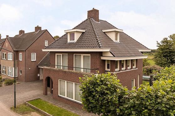 Pater Thijssenstraat 14 in Veghel 5465 SG