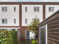 Arnold Kaldenbachstraat 4 in Zutphen 7204 VC