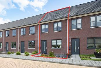 Pastoor Van Der Meijdenstraat 37 in Oisterwijk 5061 CK