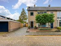 Plantsoen 106 in Prinsenbeek 4841 AX