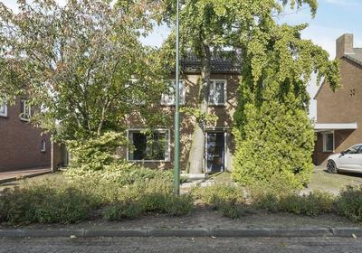 Vinkenheuvel 14 in Esch 5296 LR