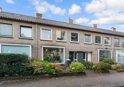 Kruisbeklaan 10 in Bilthoven 3722 TH