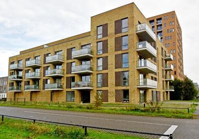 Makassarweg 3 E in Almere 1335 HW