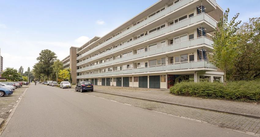 Maarten Lutherweg 221 in Amstelveen 1185 AL