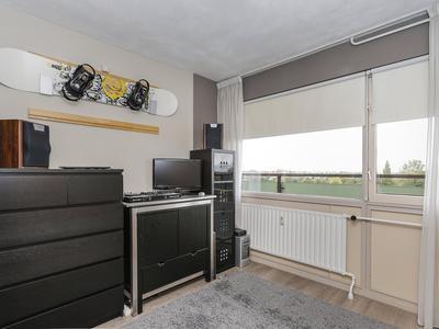 Vlaardingerdijk 208 in Schiedam 3117 ZP