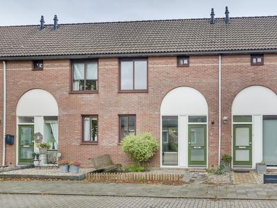 Kloppenland 4 in Kerkdriel 5331 RW