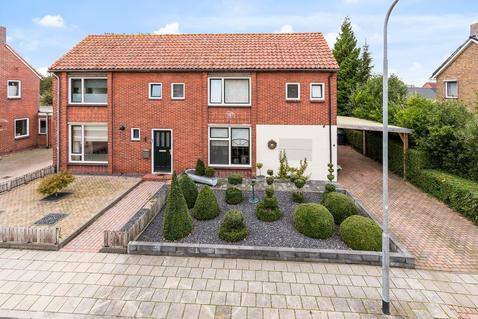 Verbindingsweg 6 in Wagenborgen 9945 SK