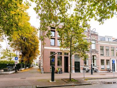 Parklaan 1 C in Haarlem 2011 KP