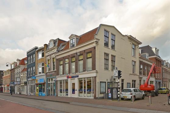 Kenaustraat 28 in Haarlem 2011 MX