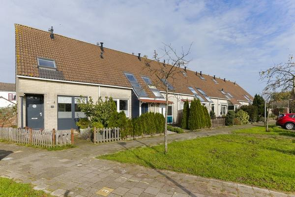 Tinnengieterhof 14 in Schiedam 3123 PH