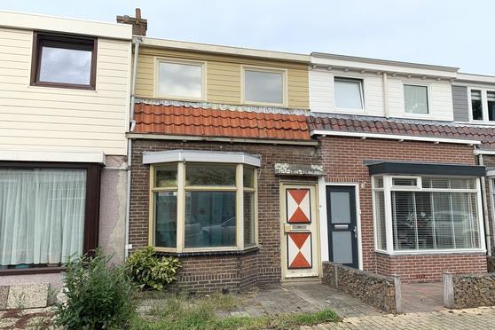 Beukenkampstraat 43 in Den Helder 1781 TV