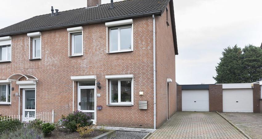 Noordsingel 29 in Sprundel 4714 HC