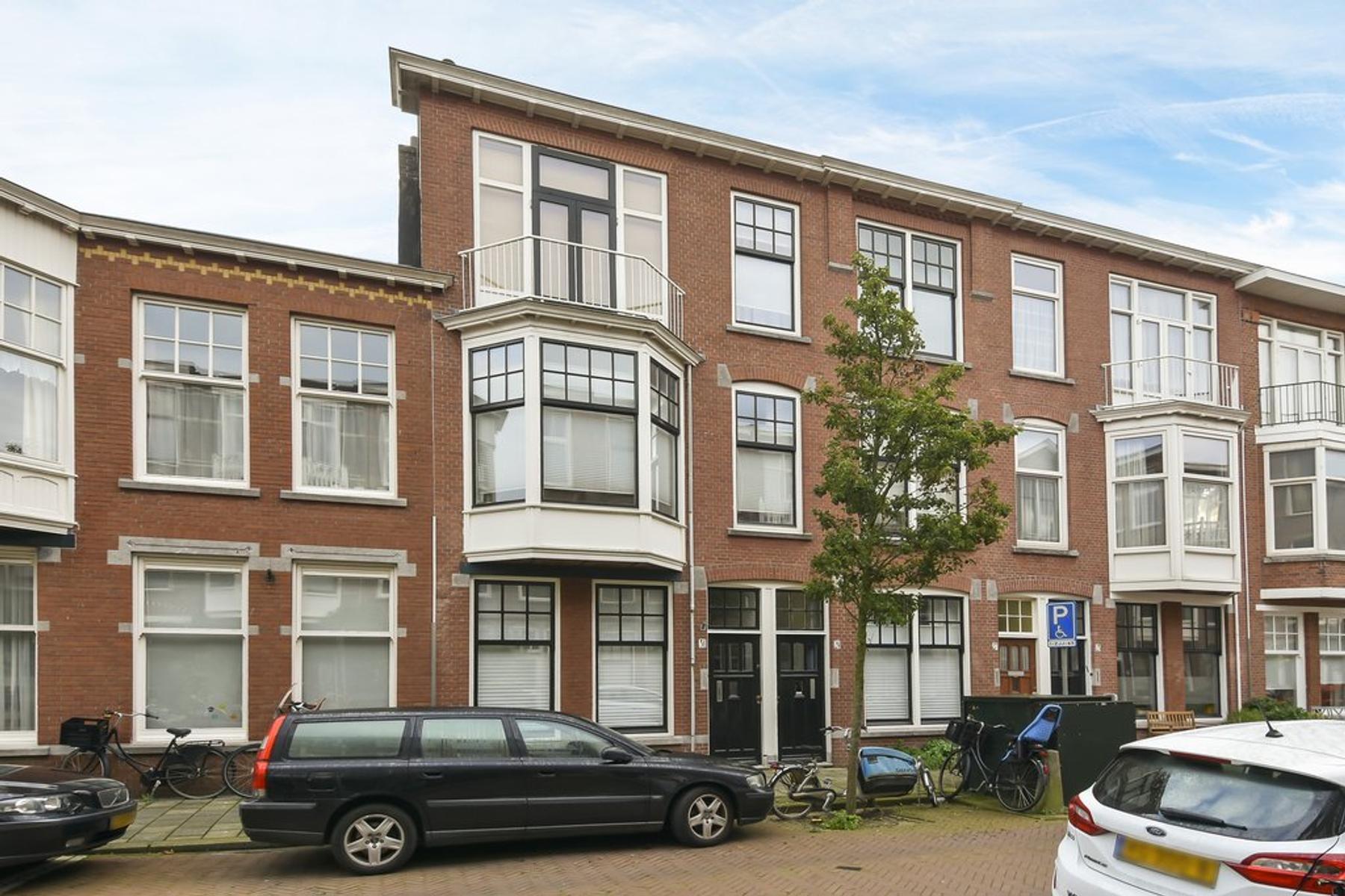 Van Lumeystraat 31 in 'S-Gravenhage 2581 XA