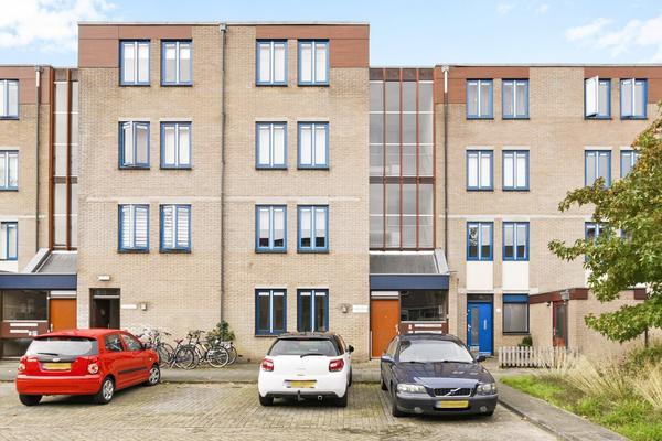 Zwolseveste 69 in Nieuwegein 3432 BK