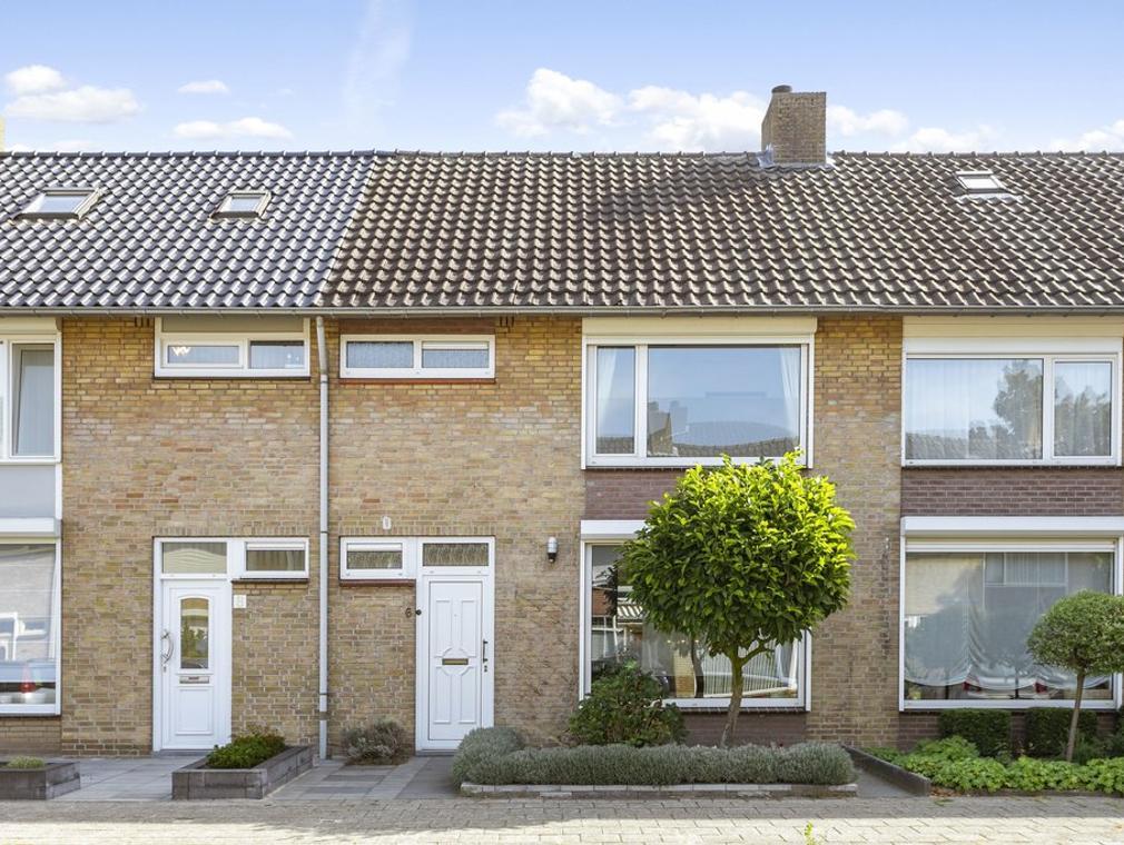 Adriaen Banckertstraat 6 in Geldrop 5666 GH
