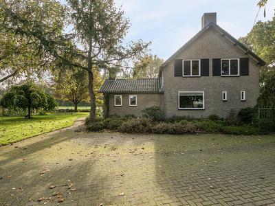 Schepengraaf 27 in Ospel 6035 PT