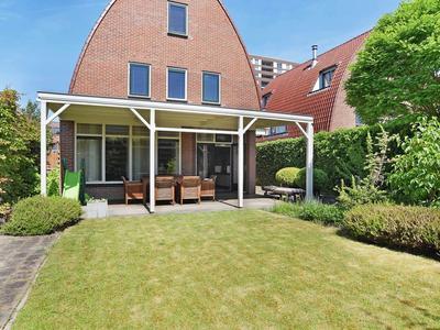 Nieuwenhoornstraat 1 in Zoetermeer 2729 DB