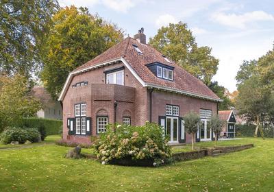 Sint Lucasweg 2 in Laren 1251 HB