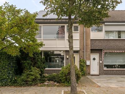 Saxofoonstraat 11 in Helmond 5702 KA
