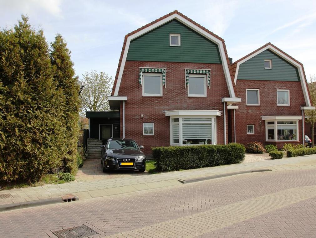 Dorpsstraat 411 in Assendelft 1566 BG