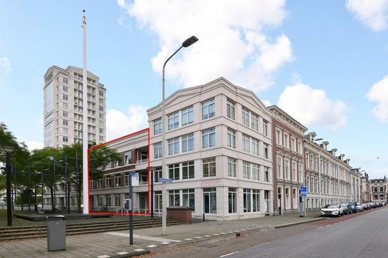 Burgemeester De Monchyplein 325 * in 'S-Gravenhage 2585 DL