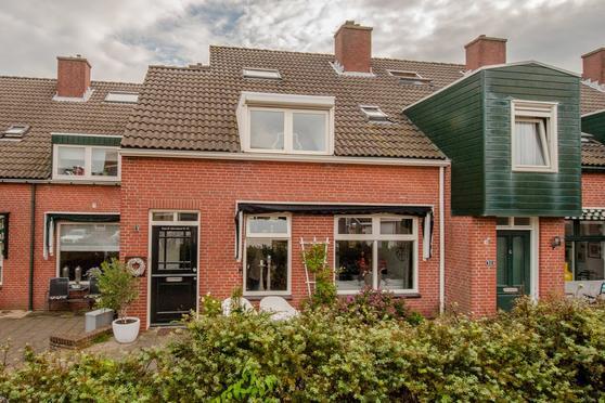 Schelpendam 30 in Katwijk 2225 MA