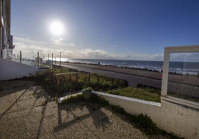 Vuurboetstraat 8 Zwart in Zandvoort 2042 AC