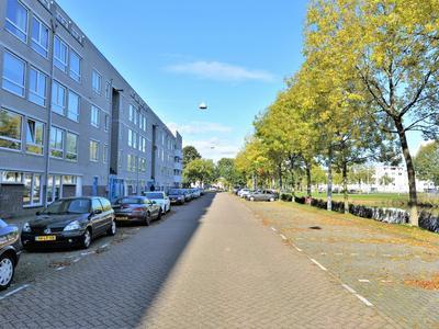 Bernard Shawsingel 100 in Amsterdam 1102 VC