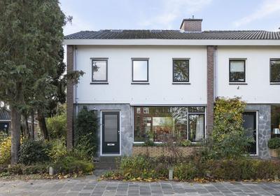 Admiraal De Ruyterlaan 35 in Groningen 9726 GP