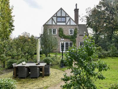 Gezina Van Der Molenlaan 2 in Aerdenhout 2111 XT