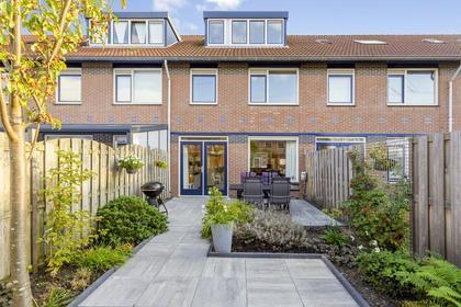 Annie Bosstraat 64 in Almere 1325 ND