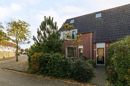 Twentehof 146 in Helmond 5709 KG