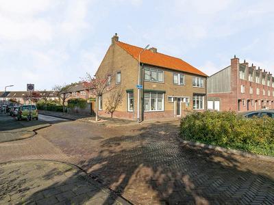 Van Dishoeckstraat 223 in Vlissingen 4382 XR