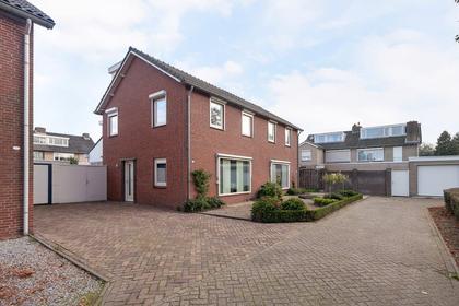 Kamillestraat 25 in Waalwijk 5143 CH