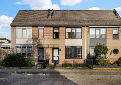 F.J. Ebbensstraat 83 in Tiel 4007 WJ