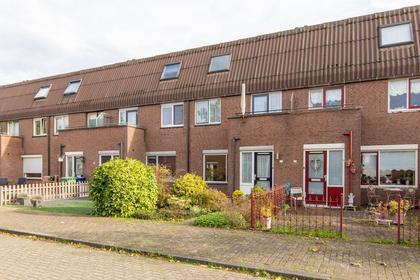Bosgouw 156 in Almere 1352 GP
