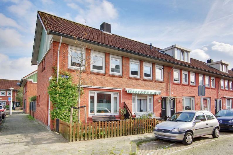 Vlielandstraat 16 in Amsterdam 1025 RN