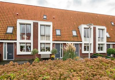 Vuursteen 12 in Hoogwoud 1718 DH