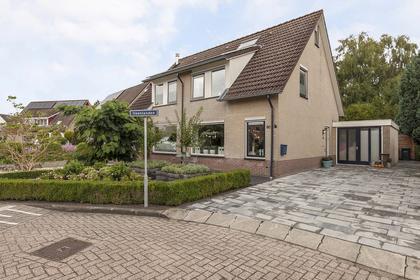 Veenlanden 90 in Steenwijk 8332 KT