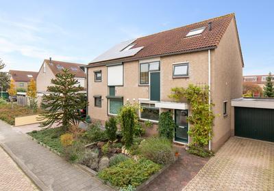 Beursjeskruidstraat 8 in Almere 1313 DB