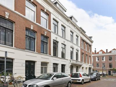 Van De Spiegelstraat 3 in 'S-Gravenhage 2518 ES