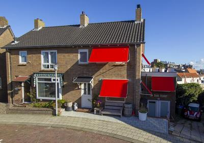 Oosterparkstraat 17 in Zandvoort 2042 AP