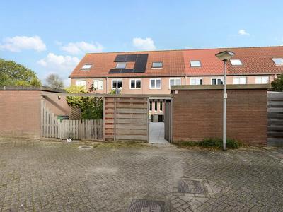 Hindenweide 12 in Zoetermeer 2727 GZ