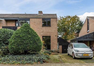 Van Oldenbarneveltlaan 44 in Eindhoven 5631 AH