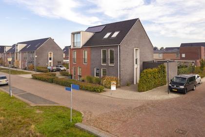 Jules De Cortestraat 18 in Waalwijk 5146 DK