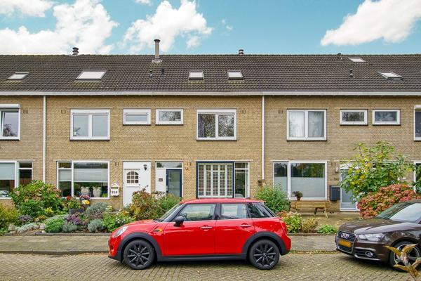Rietschoot 214 in Oostzaan 1511 WR
