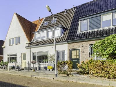 Heemskerkerweg 134 in Beverwijk 1945 TH