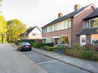 Rembrandtlaan 56 in Oosterhout 4907 NP