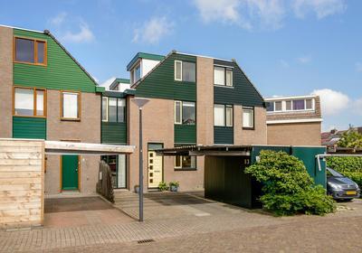 Van 'T Hoffdreef 13 in Maassluis 3146 BR